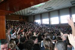 250px-Amphitheatre_Kastler_Assemblee_Generale_15-03-2006